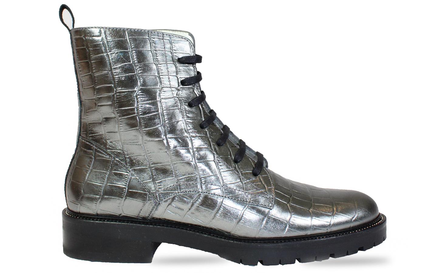 Festival Boot in metallic silver