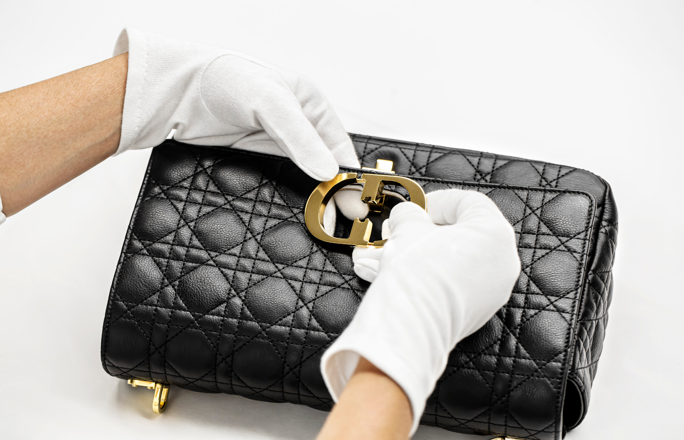 The making of the Dior Caro bag
