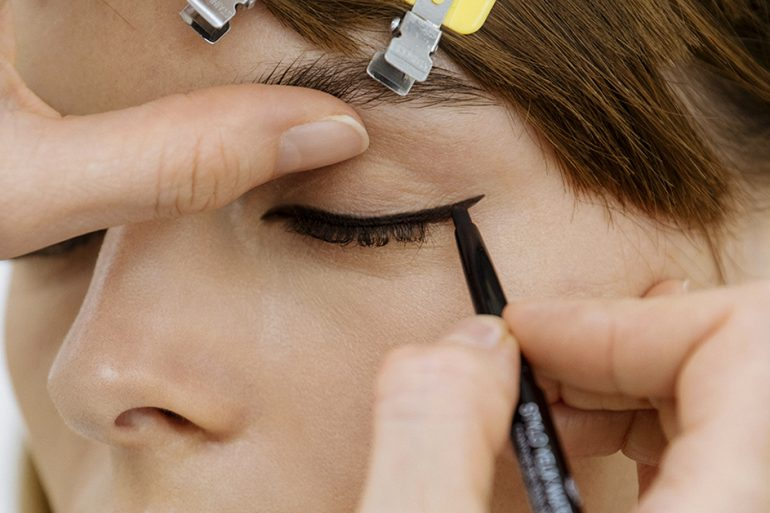 Beauty behind Chanel's 2021/22 Cruise collection
